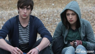 angus-thongs-and-perfect-snogging-20080725070227471.jpg