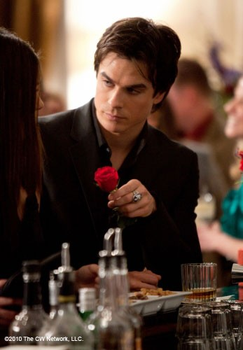 Damon-Salvatore-s242.jpg